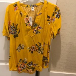 Yellow old navy floral top